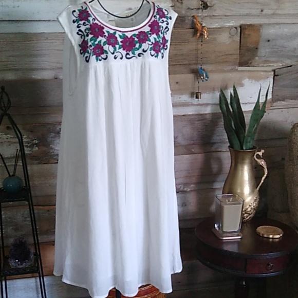 Francesca's Collections Dresses & Skirts - Miami Francesca's Boho Embroidery Dress